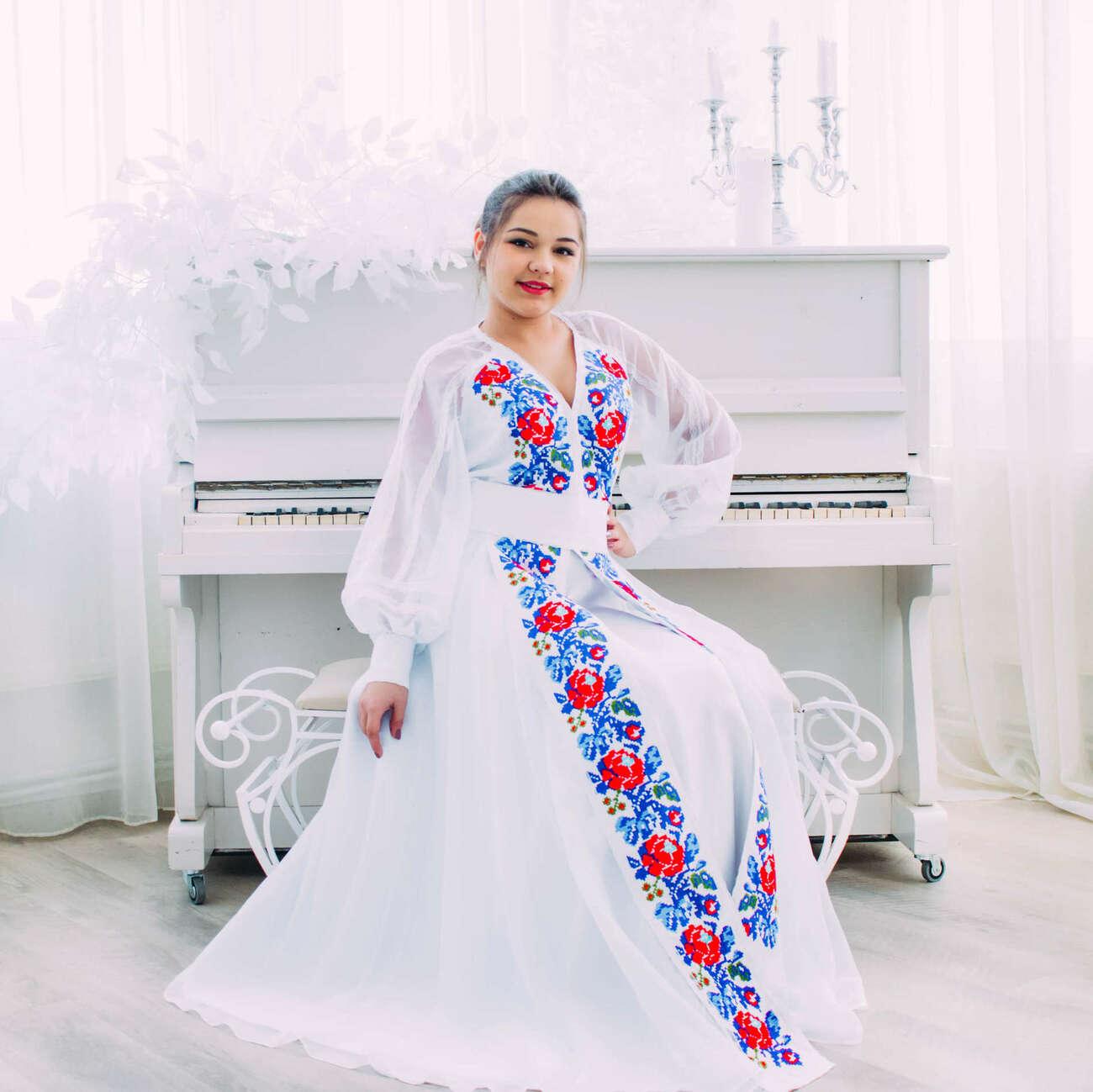 Купити Весільна сукня з квітковою вишивкою VSU-1152 оптом ... baa35f1cbdc0f